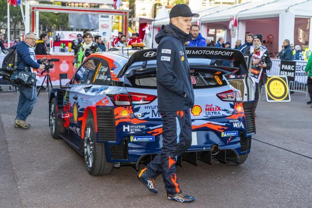 Ott Tänak a investi dans un simulateur pour combler son manque de rallyes - Rallye - WRC