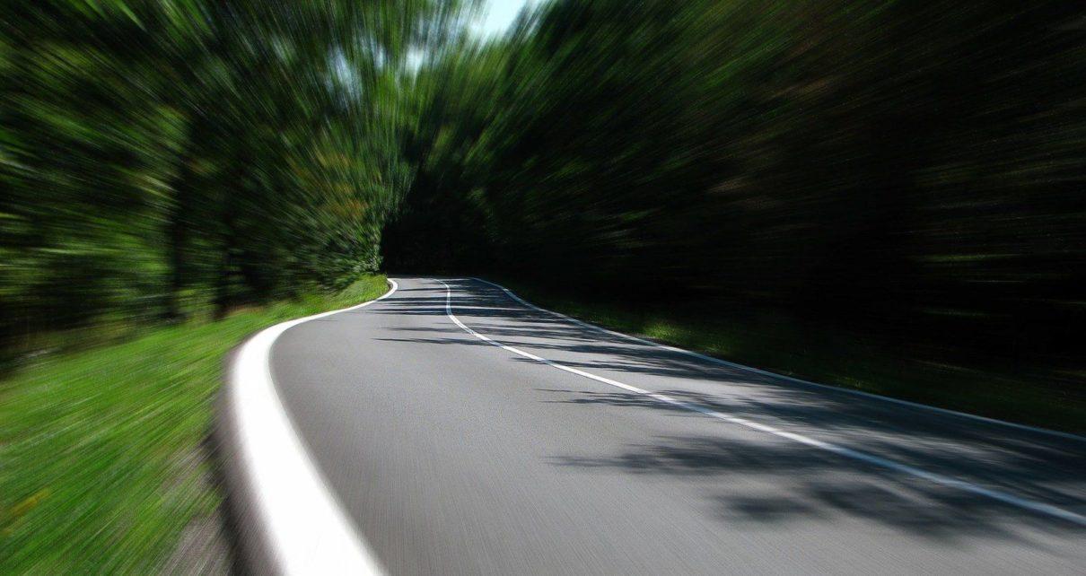 Cass. Crim., 17 mars 2020, n°19-8439 - Excès de vitesse : le propriétaire du véhicule peut se défendre comme le ferait l'auteur de l'infraction