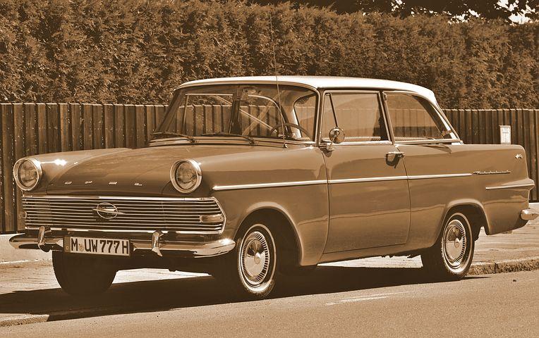 Comment restaurer une voiture classique ?