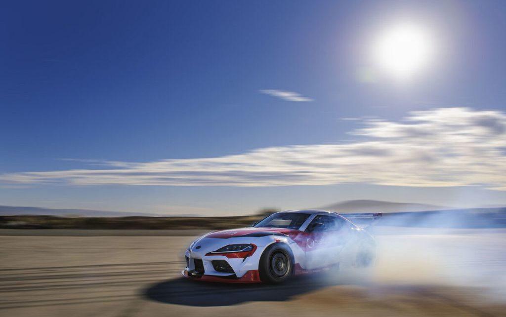 Toyota Supra (2021) : un prototype drifte en mode 100% autonome !