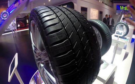 Stand Michelin - Mondial Auto de Paris 2014