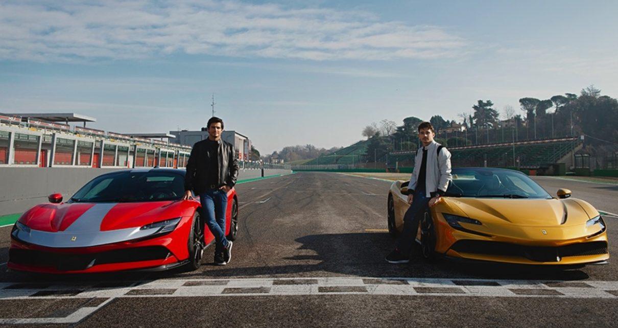 Sainz et Leclerc s'amusent en Ferrari SF90 à Imola