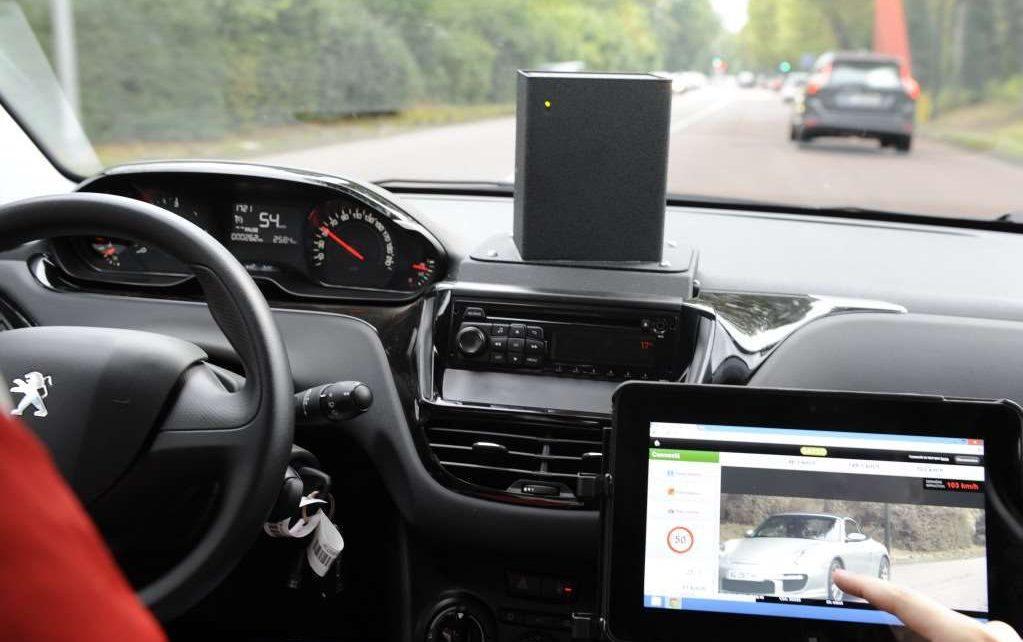 Radar mobile embarqué : des mouchards pour contrôler les limitations de vitesse