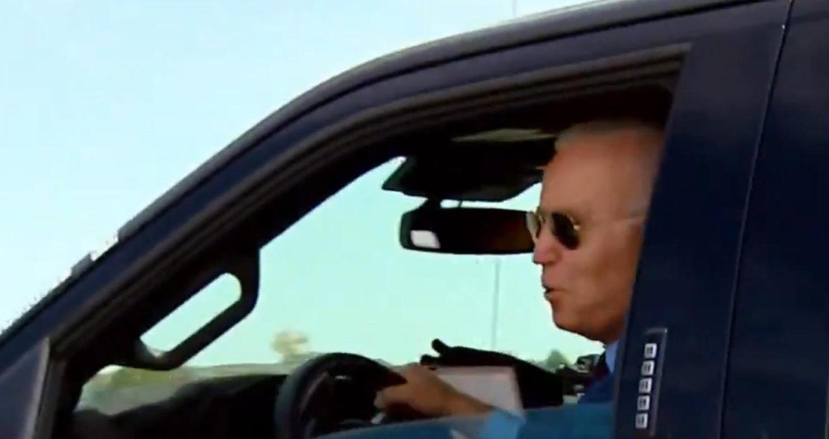 Joe Biden a essayé le nouveau Ford F-150 Lightning électrique
