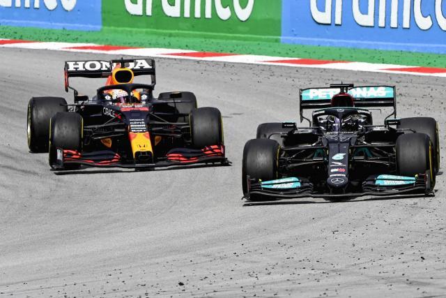 Lewis Hamilton n'a «rien fait de mal» envers Verstappen, maintient Mercedes