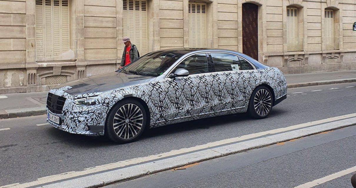 La nouvelle Mercedes Classe S 2021 surprise dans Paris