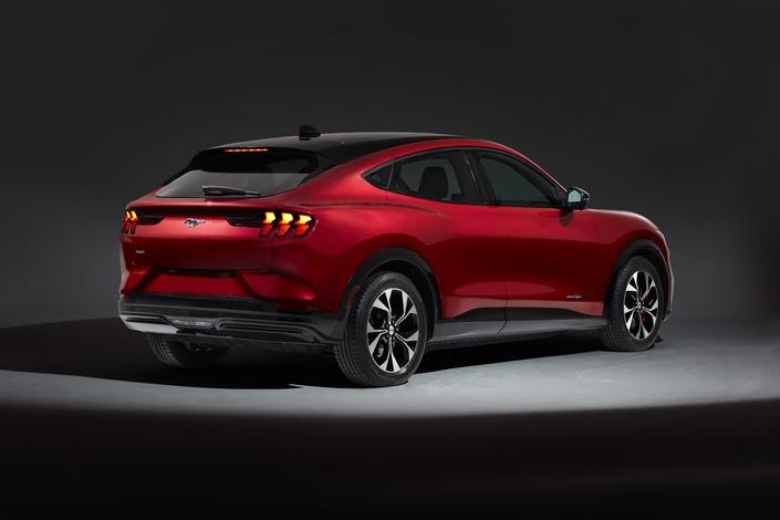 Ford Mustang Mach-E: la gamme, prix à partir de 48990€