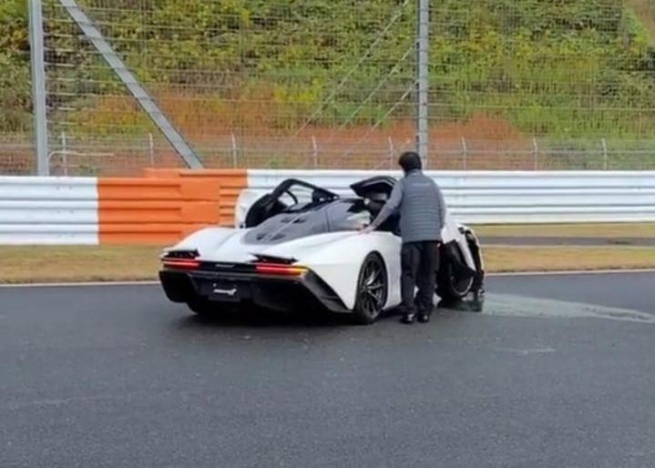 Il crash sa McLaren Speedtail à 2 millions d'euros