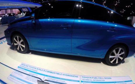 Les Toyota hybrides - Mondial Auto de Paris 2014