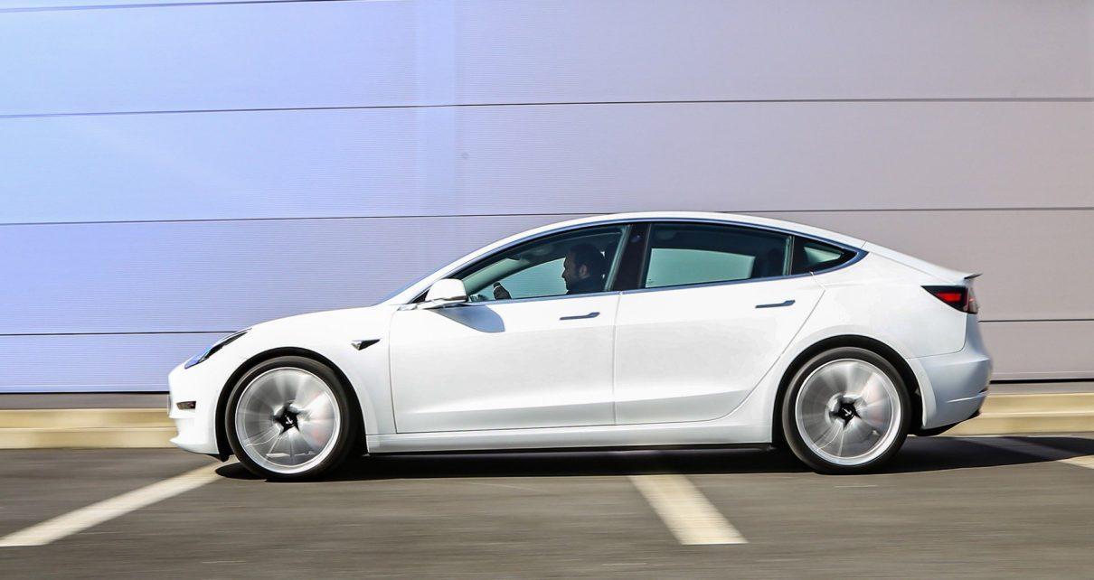 Prix en baisse de la Tesla Model 3 désormais accessible à 36 800€