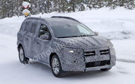 Le prochain crossover Dacia en fuite !