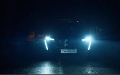Pleins phares sur la nouvelle Peugeot 308 qui se montre un peu en avance