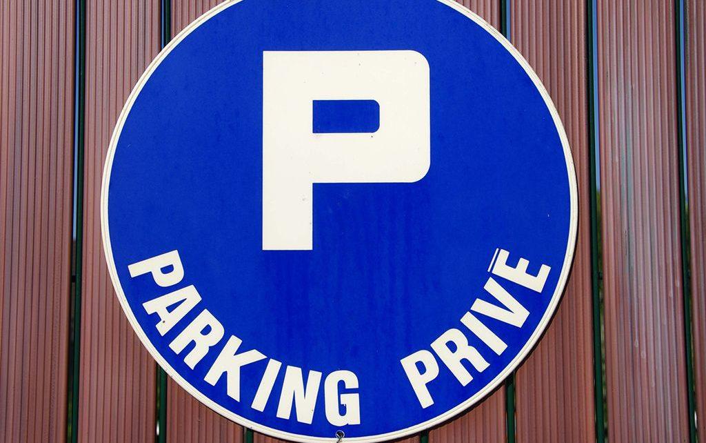 Enlever une voiture d'un parking privé : ce qu'il faut faire...