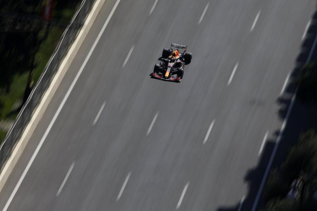 GP d'Azerbaïdjan: Sergio Perez (Red Bull) signe le meilleur temps des essais libres 2