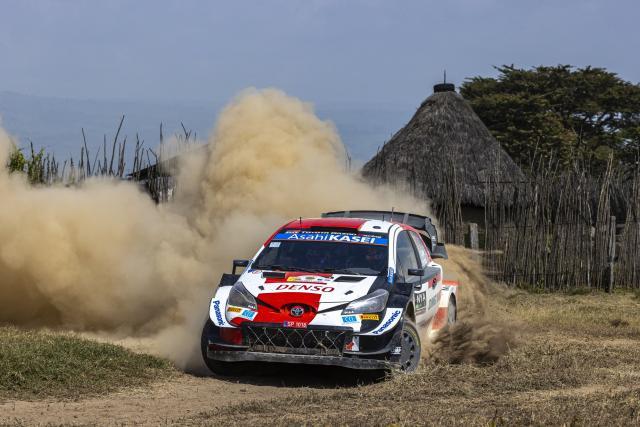 Sébastien Ogier en tête du Rallye du Kenya, premier scratch pour Adrien Fourmaux