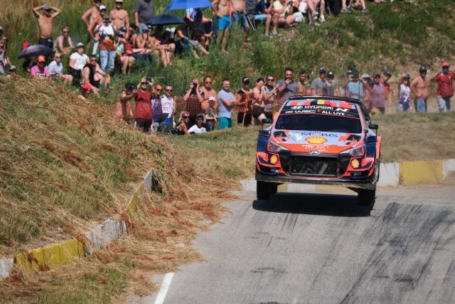 Thierry Neuville mis à l'amende pour excès de vitesse sur le parcours routier du Rallye d'Estonie