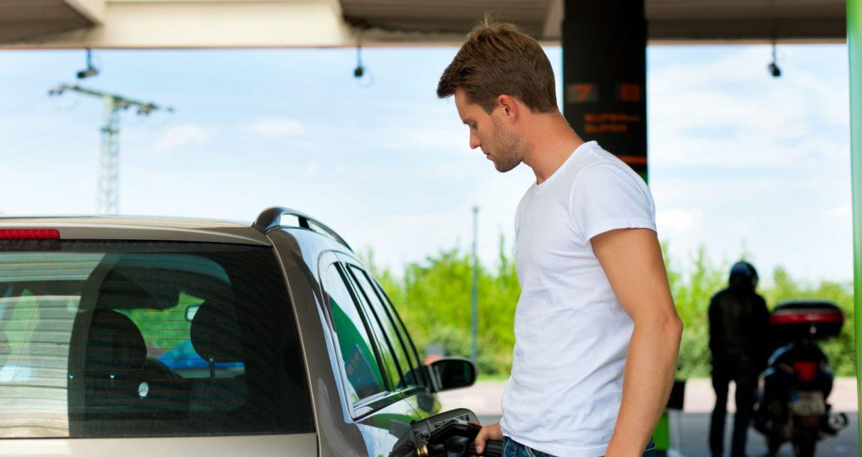 Prix de l'essence et du diesel en 2021 : envolée des tarifs pour les vacances d'été
