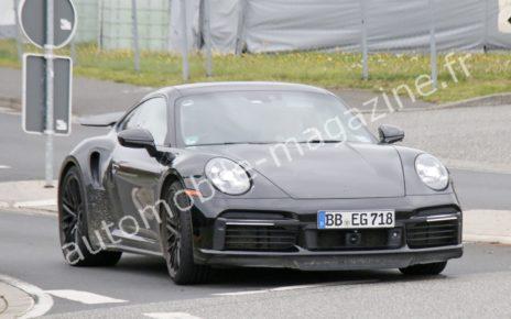 La Porsche 911 hybride en approche