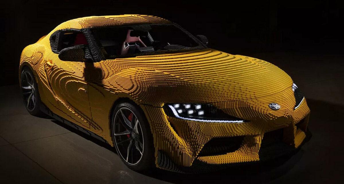 Une Toyota GR Supra entièrement construite en Lego !