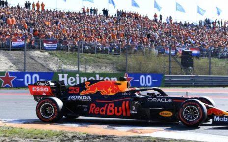 Max Verstappen en pole position du Grand Prix des Pays-Bas devant Lewis Hamilton